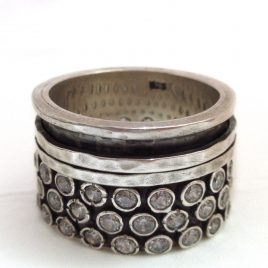 YMR-9 Oxidised Silver Ring with 2 Spinning Rings and Cubic Zirconia (Size O) – Yaron Morhaim