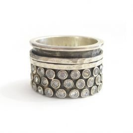 YMR-9 Oxidised Silver Ring with 2 Spinning Rings and Cubic Zirconia (O)