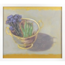 C2832 Colander with Purple Sprouting Broccoli and Peas