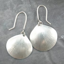 ELE-33 Shell Earrings