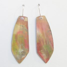 DBE-40 Frosted Faceted Resin Drop Earrings – Dee Barnes