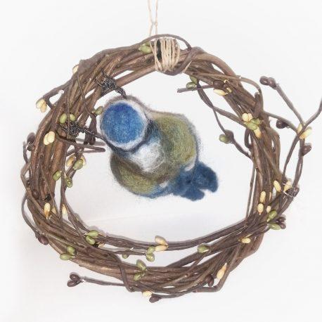 Blue tit wreath (1)