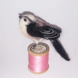 1540C Long Tailed Tit on Pink Cotton Reel – Sue Clements